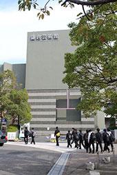 鎌倉芸術館に集合です